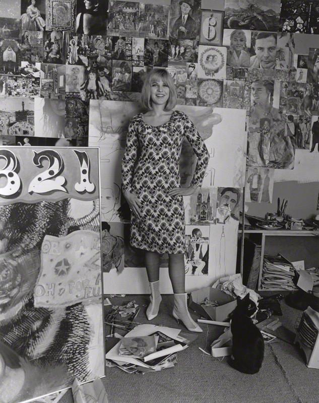 Pauline Boty: In her studio. Pic by Lewis Morley