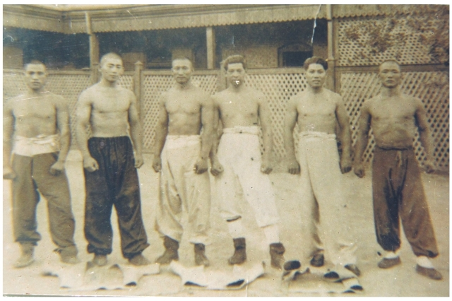 Back in the day! Shuaijiao masters_in Tianjin 1930