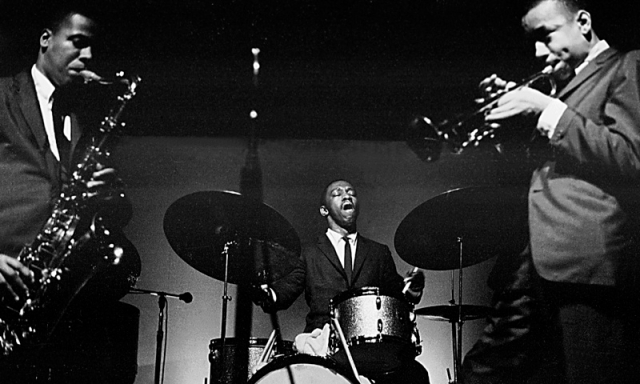 Art Blakey flanked by Wayne shorter & Lee Morgan