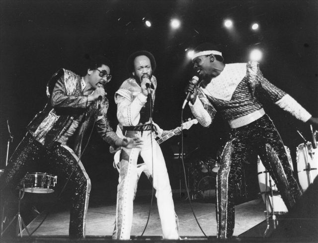 Maurice White - RIP (center)